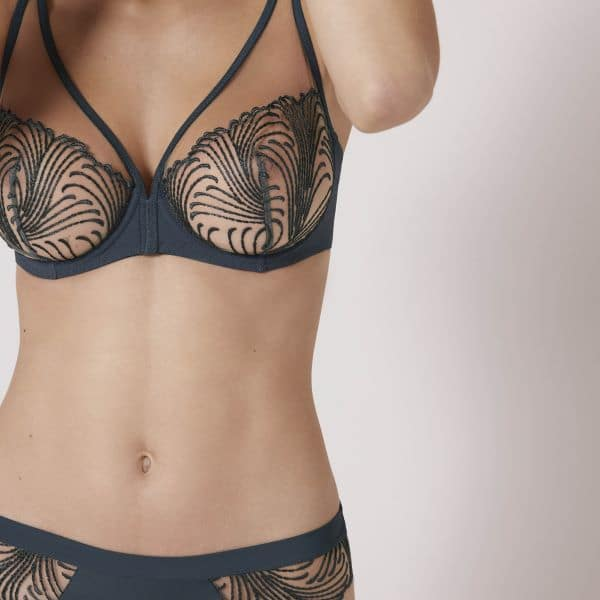 Nuance Full Cup Plunge – Black