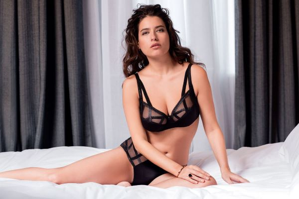 Serie Underwired Full Cup Bra